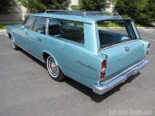 1966-ford-country-wagon-004