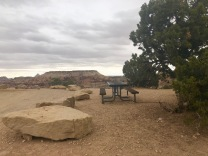 A great lunch spot on the rim of the canyon